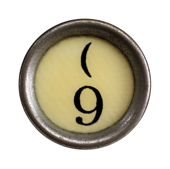 Change your relationship brain - nine ways that mindfulness helps - photo of typewriter key with number 9 on it
